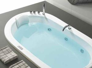 Vasca Da Bagno Ufo : Metti una vasca per due al centro della stanza